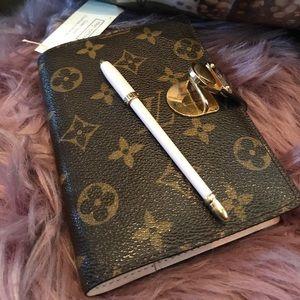 Louis Vuitton Agenda Cover PM Pink